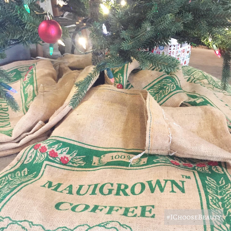 Coffee shop tree skirt perfection. #ichoosebeauty Day 2579