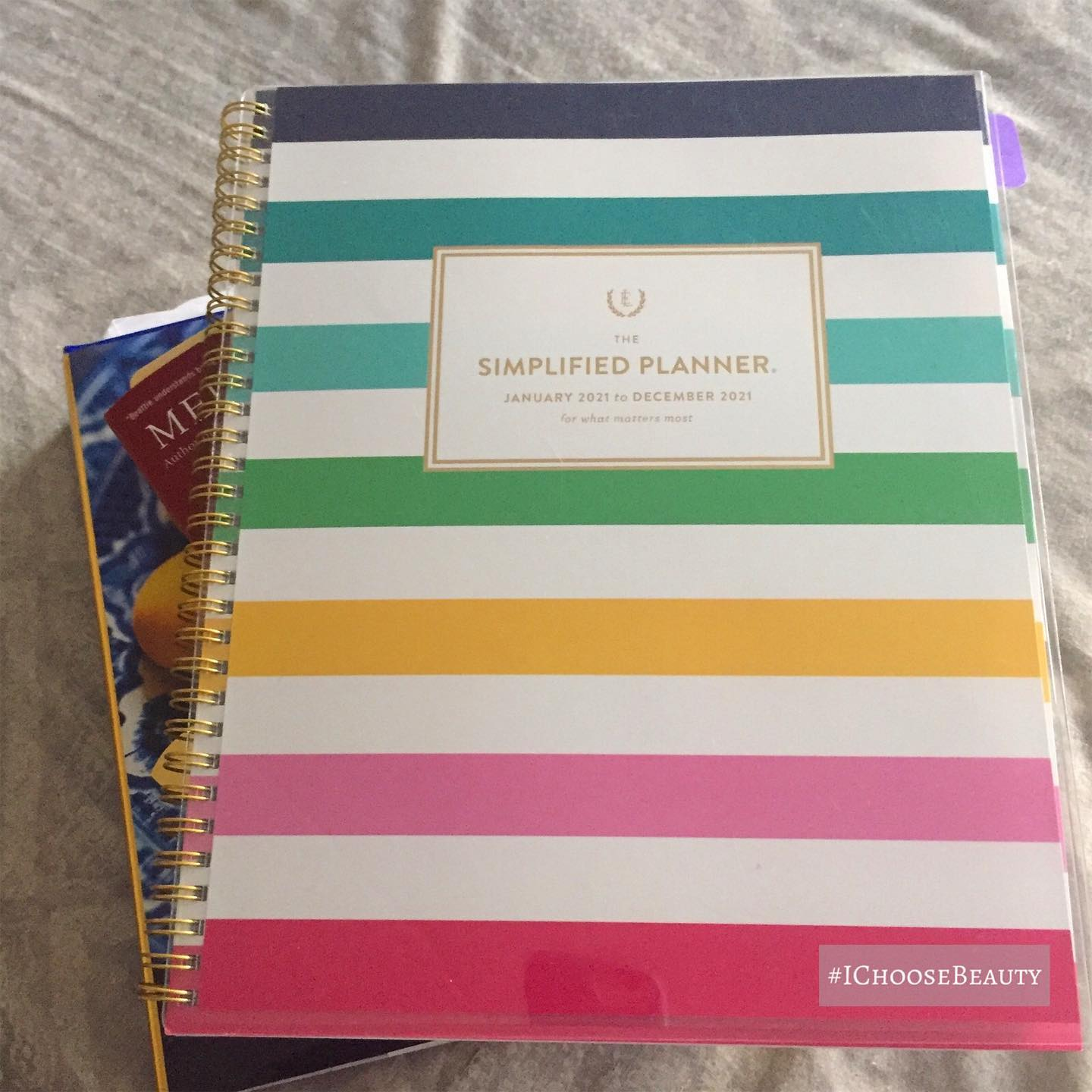 Trying to plan the next week, but I really wish I could just sleep for 10 days and have someone wake me when this political mess is over.  Brightly colored planners help a little. #ichoosebeauty Day 2608