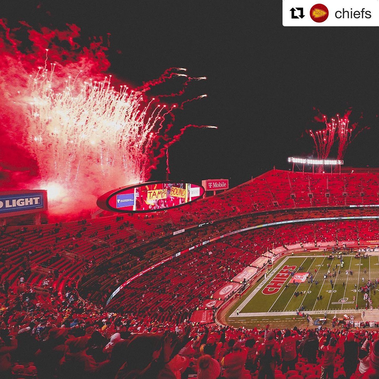 Yayyyyyyyyyyy, Chiefs️ #ichoosebeauty Day 2623#Repost @chiefs・・・We ️ you, #ChiefsKingdom!