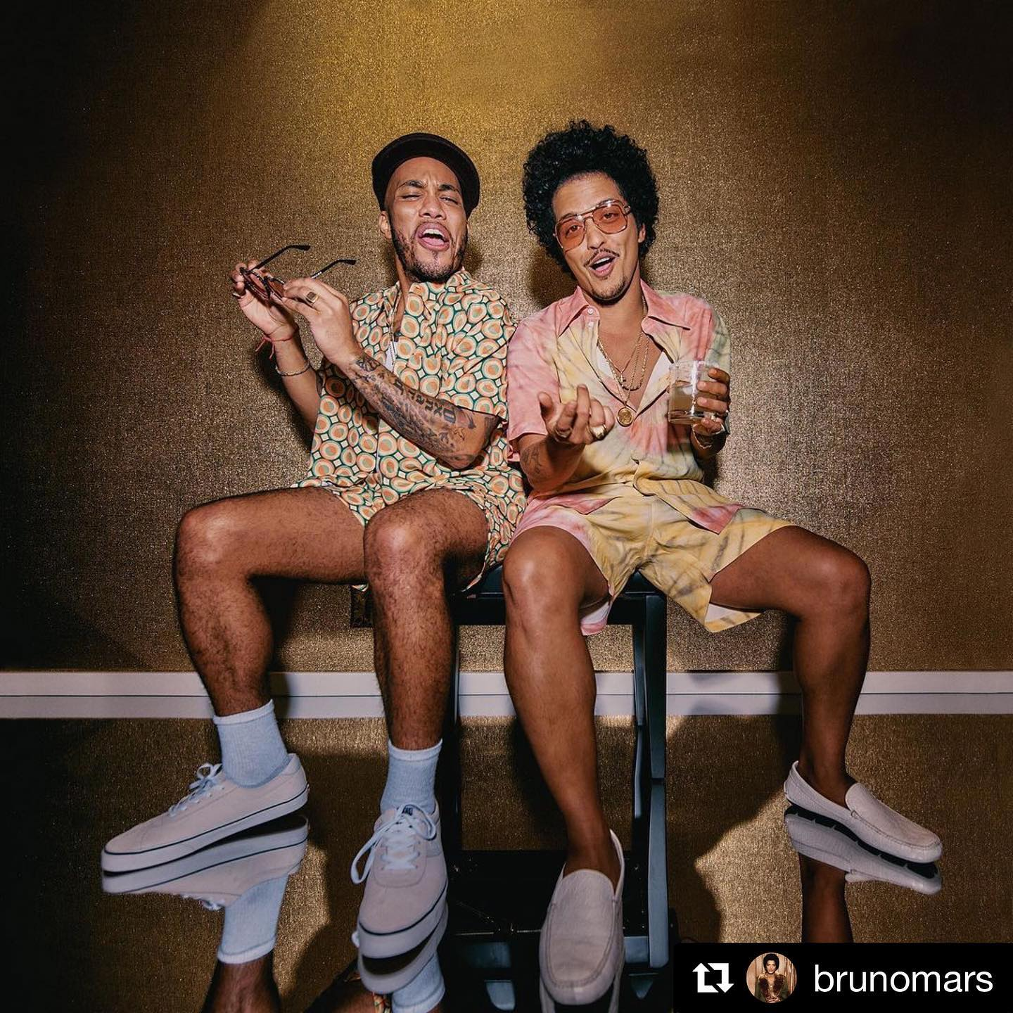 "Thanks, Bruno, for making me laugh this week with all your extra silliness and shenanigans! 🤣🤣 Much needed. #ichoosebeauty Day 2664 #Repost @brunomars・・・Lacoste: ""Bruno, if you want the clothes to sell we need to hire ridiculously good looking models."" Me: ""BET!"""