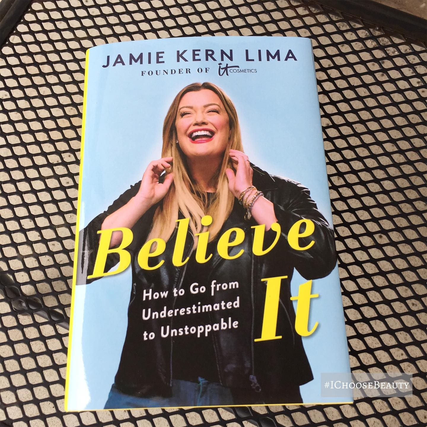 So excited to dig into this book! I saw @jamiekernlima speak (virtually) for the first time several days ago, and her energy is contagious. It can be easy to doubt yourself as an entrepreneur, and I'm looking forward to reading the story of someone who never gave up on her dreams. #ichoosebeauty Day 2667