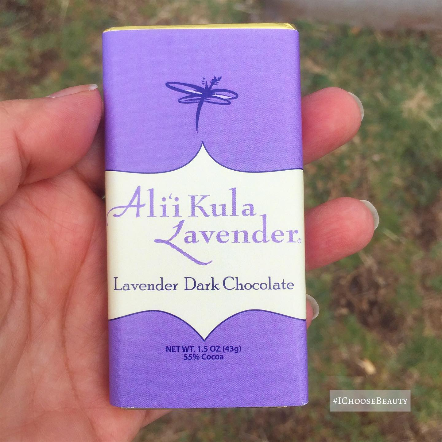 I pretty much love lavender with anything, but I think the dark chocolate combo is one of my favorites.  @aklmaui #ichoosebeauty Day 2719