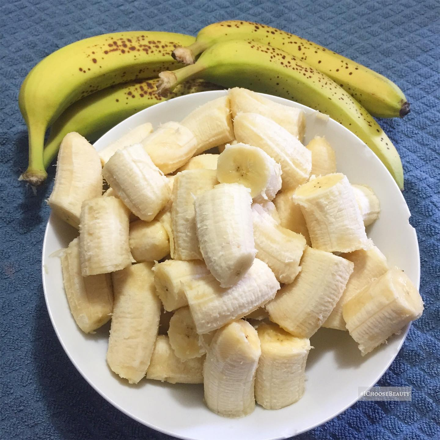 My weekly banana chopping!  Next stop for this batch the freezer so they're ready for our daily smoothies.  #ichoosebeauty Day 2801